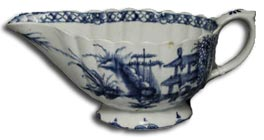 Bow porcelain blue and white sauceboat