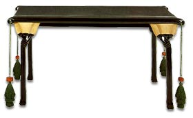Eileen Gray lacquer lotus table
