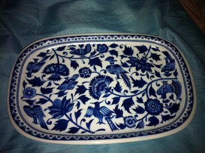 blue-and-white-plate