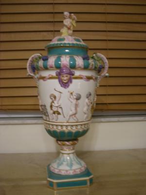 Capodimonte Style Vase Front