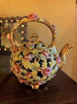 Zsolnay reticulated teapot - 5 inches tall