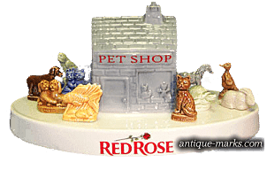 Wade Whimsies - Red rose Tea Pet Shop